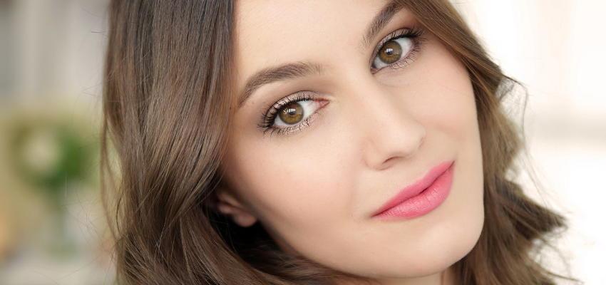 Trwały, naturalny makijaż
