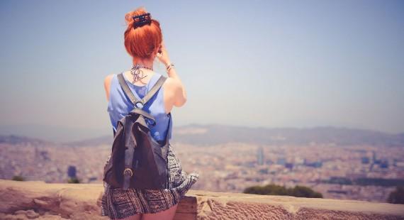 dziewczyna-z-plecakiem