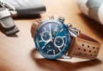 zegarek-na-biurku